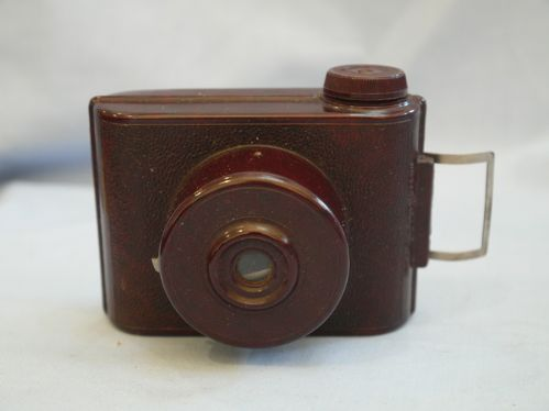VP Twin Brown Bakelite Vintage Camera £8.99